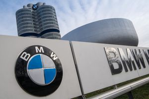 Góc khuất của gia tộc giàu nhất nước Đức đứng sau BMW