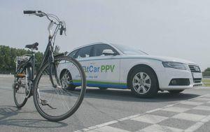 Xe hơi lai xe đạp dùng để tập thể dục của giới nhà giàu gây sốt