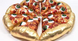 Thỏa sức sống ảo và cười 'vỡ bụng' với Bảo tàng pizza