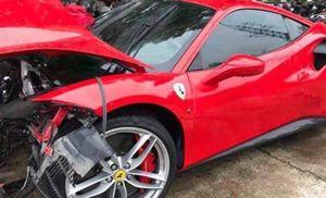 Siêu xe Ferrari gặp nạn, Tuấn Hưng phải chi bao nhiêu tiền sửa chữa?