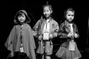 Mẫu nhí Việt 5 tuổi tự tin sải bước tại Shanghai Fashion Week 2018