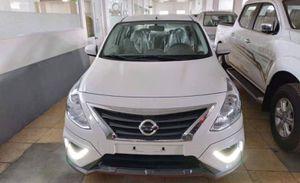 Nissan Sunny facelift bất ngờ xuất hiện trước thềm Triển lãm ô tô Việt Nam 2018