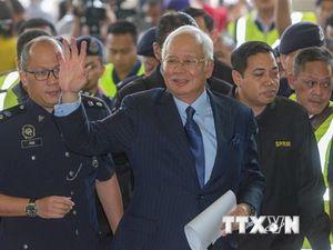 Cựu Thủ tướng Malaysia Najib Razak đối mặt với nhiều cáo buộc khác