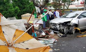 Xe ôtô gây tai nạn liên hoàn ở Đà Lạt, 4 người nhập viện