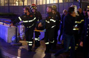 Cổ động viên CSKA Moscow gặp tai nạn cầu thang máy kinh hoàng