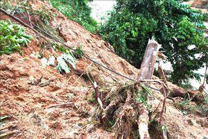 Đã thông tuyến đường vào vùng bị cô lập do lũ ống tại Hà Giang