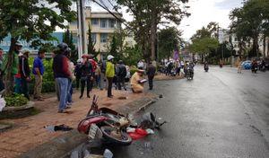 Lâm Đồng: Xế hộp gây tai nạn liên hoàn, 4 người nhập viện