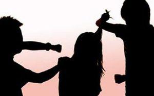 Bắt tạm giam 3 nghi can dùng vũ lực cưỡng hiếp tập thể bé gái 15 tuổi