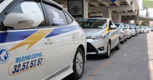 Taxi sân bay lại 'khủng bố' bằng cuộc gọi rác