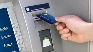 Người nước ngoài dùng thẻ ATM giả 'trộm' hơn nửa tỷ đồng