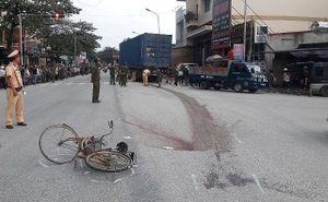 Hà Tĩnh: Cụ ông bị xe đầu kéo cán tử vong khi băng qua ngã tư