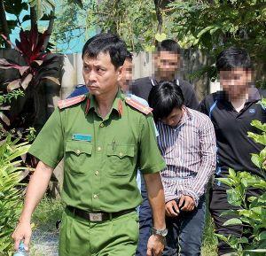 Tài xế taxi thoát khỏi tên cướp 9X hung tàn vì được ứng cứu kịp thời