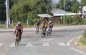 Xuân Lộc đoạt cả 2 HCV môn đua xe đạp