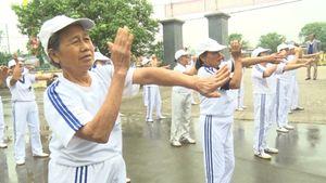 Người cao tuổi xã Khánh Thành với phong trào thể dục thể thao