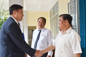 Đoàn đại biểu Chính hiệp Sùng Tả làm việc tại Đồng Nai