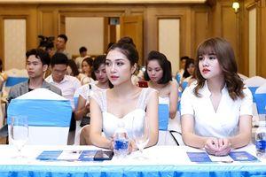 Hotgirl Trần Ngọc Anh: 'Sắc đẹp là vũ khí lợi hại của phụ nữ nên đừng tiếc công sức vào chăm sóc da nhé các bạn'