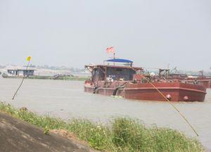Nỗi khổ của người dân Thái Bình trước nguy cơ mất trắng nhà vì... cát tặc