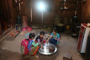 Yên Châu, Sơn La: Thêm 13 bản có điện lưới quốc gia trước Tết nguyên đán Kỷ Hợi