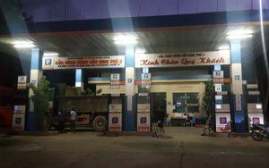 Yêu cầu giảm giá, cây xăng ở Nghệ An 'quên' thực hiện
