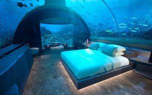 Khách sạn dưới nước có giá lên đến 1 tỉ đồng/đêm ở Maldives giúp bạn biến giấc mơ được làm tiên cá thành hiện thực