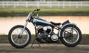 Choáng với xe môtô Harley-Davidson WLA độ Flat Tracker