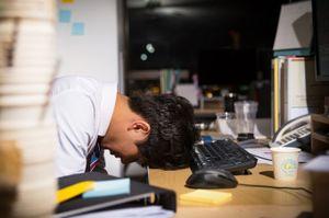 Hàng trăm người chết vì làm việc quá sức ở Hàn Quốc