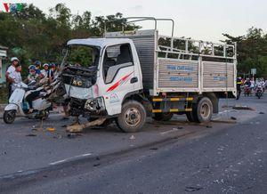 Tai nạn trên Quốc lộ 1A, ít nhất 4 người thương vong
