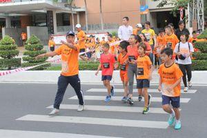 Run to give 2018 tại Nha Trang gây quỹ 17.000 USD