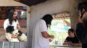 Người đàn ông Trung Quốc khóc lóc, nhịn ăn 2 ngày tìm chú chó thất lạc ở Huế