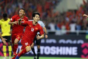 Hạ đẹp Malaysia 2-0, Việt Nam mở toang cánh cửa vào bán kết