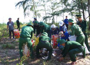 Đồn Biên phòng Vinh Hiền hưởng ứng chiến dịch 'Hãy làm cho thế giới sạch hơn'