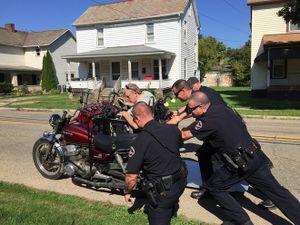 Cảnh sát bốn phương số 225