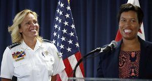 Cathy L. Lanier: Nữ Cảnh sát trưởng đầu tiên của Washington