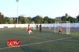 Xác định 4 đội bóng xuất sắc vào bán kết giải bóng đá học sinh THPT Hà Nội - Báo An ninh Thủ đô,Cup Number 1 Active