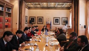 Hà Nội tăng cường hợp tác với các nước về văn hóa, xúc tiến đầu tư