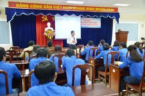 Bồi dưỡng nghiệp vụ công tác đoàn cho cán bộ Đoàn khối Doanh nghiệp