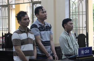 Bán ma túy cho con nghiện ở bãi vàng, ba bị cáo lĩnh 47 năm tù