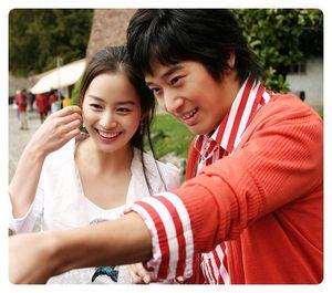 Em trai Kim Tae Hee: Điển trai, diễn tốt, sự nghiệp kém xa chị gái