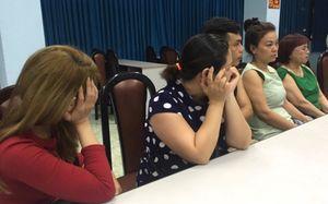 Bà bầu 8 tháng sát phạt trong sòng bạc 'khủng' ở Sài Gòn