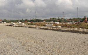 Thanh Hóa: Chưa đền bù vẫn san lấp mặt bằng trên đất 2 lúa của dân?!
