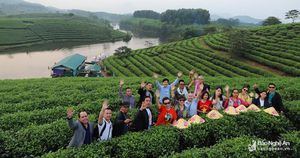 Đoàn Famtrip Đông Bắc Thái Lan khảo sát du lịch tại 3 tỉnh Bắc Trung bộ
