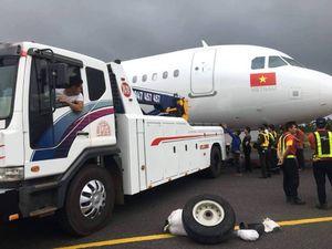 Đã tìm thấy một bánh máy bay Vietjet bị rơi khi hạ cánh