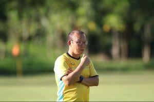 Báo Hàn Quốc: HLV Park Hang-seo trở thành 'hội chứng' với người hâm mộ bóng đá Việt Nam