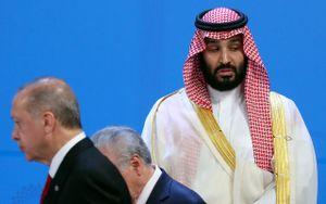Thái tử Saudi Arabia bị lãnh đạo G20 lạnh nhạt khi chụp 'ảnh gia đình'