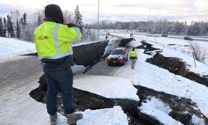 Bang Alaska, Mỹ 'tơi bời' sau trận động đất mạnh 7 độ richter