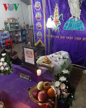 Em bé hơn 1 tuổi tử vong tại nhóm giữ trẻ tự phát ở Đắk Nông