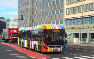 Quốc gia đầu tiên trên thế giới miễn phí toàn bộ phương tiện giao thông công cộng