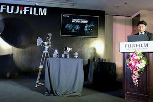 Fujifilm Việt Nam ra mắt máy ảnh mirrorless GFX 50R: kiểu dáng rangefinder, cảm biến medium format, giá 109 triệu đồng