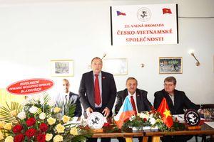 Hội hữu nghị Séc - Việt luôn đồng hành ủng hộ Việt Nam