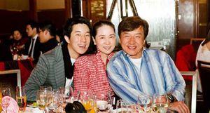 Thành Long - Jackie Chan và những trang hồi ký gây sốc